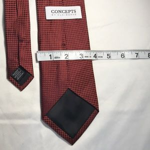 Concepts by Claiborne Rust Colored Tie